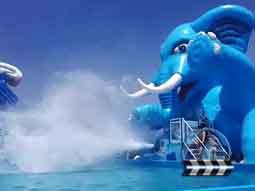 水炮飞人喷射水上游乐过程